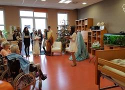 kolendowanie-gimnazjum-2-161220-01