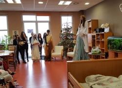 kolendowanie-gimnazjum-2-161220-02