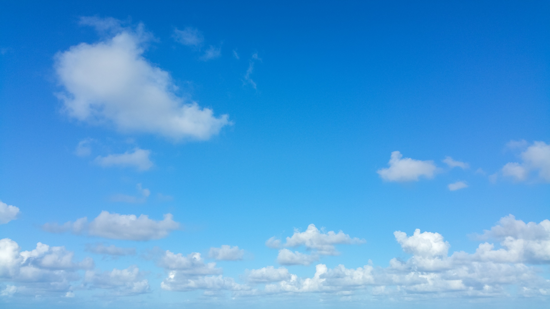 blue-sky-and-whtie-clouds-1457775320B2G
